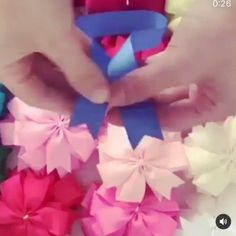 Paper Ribbon Bows, Ribbon Hair Bows, Diy Hair Bows, Diy Bow, Diy Ribbon, Ribbon Crafts, Easy Paper Crafts, Diy Crafts For Gifts, Hair Bow Tutorial
