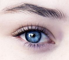 Via's human eye color Beautiful Eyes Color, Pretty Eyes, Cool Eyes, Gorgeous Makeup, Dramatic Eye Makeup, Blue Eye Makeup, Hooded Eye Makeup, Blue Eyes Aesthetic, Aesthetic Girl