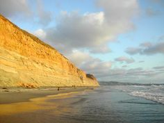 Torrey Pines Beach Shoreline, San Diego, California Moving To California, California Dreamin', Places To See, Places Ive Been, San Diego Travel, Torrey Pines, Maternity Pictures, Travel Posters, Ticket