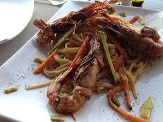 Shrimps & Avocado Pasta