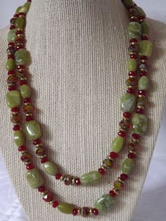 Green Jade and Agate Necklace by CRawlinsCollection on Etsy Diy Necklace Patterns, Beaded Jewelry Patterns, Necklace Designs, Bead Jewellery, Wire Jewelry, Jewelry Necklaces, Handmade Beaded Jewelry, Handcrafted Jewelry, Agate Necklace