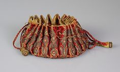 Gaming purse Date: late century Culture: French Medium: Silk, metallic, leather Accession Number: Vintage Purses, Vintage Handbags, Medieval Embroidery, 17th Century Fashion, Types Of Purses, Potli Bags, Ethnic Bag, Belt Purse, Costume Collection