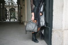 Chic with Henry Beguelin Doctor U Intreccio Maltinto Laminato Piombo bag. Your Made in Italy! Shop @ www.henrybeguelin.it