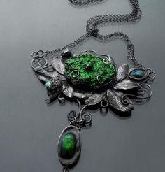 Mech – srebrny naszyjnik z zieloną druzą agatową