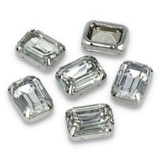 Kamienie ozdobne w metalowym koszyczku do przyszycia. Shine, kamienie, blask, elegancja, połysk, ozdoba, biżuteria 💎💎💎 Cufflinks, Accessories, Wedding Cufflinks, Jewelry Accessories