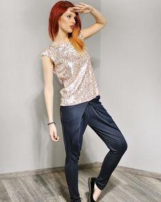 "Bluza cu paiete ""Etoile"" - Colors Of Love French Riviera Style, Women Life, Feminine, Casual, Fashion, Gaming, Women's, Moda, Fashion Styles"