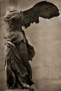 Winged Victory of Samothrace- Le Louvre - Paris, France Ancient Greek Sculpture, Ancient Art, Winged Victory Of Samothrace, Louvre Paris, Dark Art Drawings, Muse Art, Terracota, Art Sculpture, Art Carved