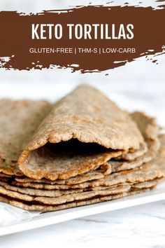 Are you looking for an easy and delicious recipe for low-carb tortillas? Then this keto recipe will be exactly what you need. Made with almond flour these homemade tortillas will make your family race to the table. Gluten Free Wraps, Gluten Free Recipes, Low Carb Recipes, Cooking Recipes, Bread Recipes, Muffin Recipes, Kitchen Recipes, Healthy Recipes, Low Carb Bread