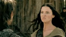 I love that this is how Kahlan's disguised herself to go undercover and let Richard know they needed him backXD