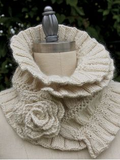 Ruffled & Ruched Scarf Knit Pattern