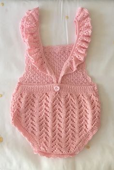 Crochet Girls, Crochet Baby Clothes, Crochet For Kids, Hand Crochet, Free Crochet, Knit Crochet, Crochet Hats, Knitting For Kids, Baby Knitting