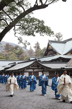 Shiken Sengu Ceremony at Ise Jingu Shrine, Japan: Shikinen Sengu 式年遷宮 is the reli­gious ceremony to cel­e­brate the con­struc­tion of a new shrine and trans­fer of the enshrined object from the old to the new one and held in every 20 years. Its pur­pose is to keep the holy envi­ron­ment pure and clean, rep­re­sent­ing the ever­last­ing power of God. This year is this 20 years from the last one and it proceeded peacefully on 2nd, October, 2013.