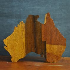 Vintage Australia Inlay Wooden Box Hand made Folk art Souvenir. $22.00, via Etsy.
