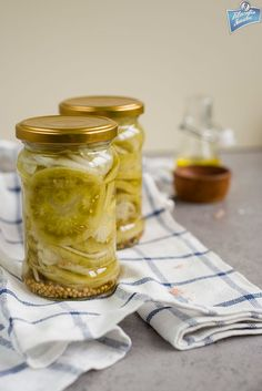 Green Tomatoes, Canning Recipes, Preserves, Pickles, Peanut Butter, Food And Drink, Honey, Appetizers, Menu