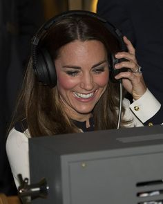 Kate Middleton Photos - Kate Middleton Visits a Counseling Program - Zimbio
