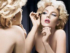 Scarlett Johansson in new Dolce & Gabbana makeup ads gives Marilyn Monroe impression. She flaunts blonde hair and her beauty for Dolce & Gab. Beauty Make-up, Fashion Beauty, Beauty Hacks, Beauty Tips, Hair Beauty, Fashion Glamour, Beauty Products, Blonde Beauty, Beauty Stuff