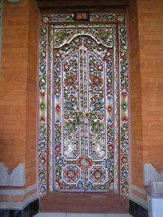 Korean door~stunningly gorgeous!