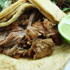 Michoacan pork carnitas | Carnitas de puerco estilo Michoacán | Recetas Mexicanas