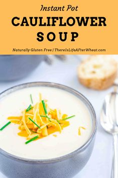 This Instant Pot Cauliflower Soup is QUICK, EASY, and hands-off thanks to the Instant Pot. Make it in under 30 minutes! Gluten Free Dinner Rolls, Gluten Free Soup, Slow Cooker Soup, Pressure Cooker Recipes, Easy Homemade Soups, Cauliflower Soup Recipes, Bowl Of Soup, I Love Food, Pot Recipe
