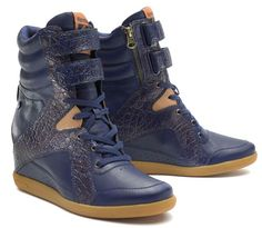 "Alicia Keys Reebok...I need this shoes. As Alicia says ""sickness!!!!"""