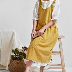 Barista, Style Du Japon, Linen Apron Dress, Pinafore Apron, Black Apron, Work Aprons, Style Japonais, Apron Pockets, Color Beige