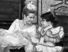 Grace Kelly                                                                                                                                                     Más