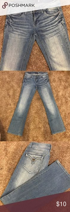 """Vigoss """"New York"""" Boot cut Jeans Boot cut. Flattering fit. """" New York"""" style. Washed/ Wrinkle details. Completely FLAWLESS! MEASUREMENTS: Waist- 28"""" Inseam- 30"""". Vigoss Jeans Boot Cut"""