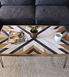 Easy DIY Coffee Table Design Ideas – TRENDUHOME – Once you have located the right DIY coffee table plans, completion of your project will take just a few hours. Coffee tables can be created with just … Coffee Table Design, Diy Coffee Table Plans, Coffee Table Decor Living Room, Unique Coffee Table, Rustic Coffee Tables, Decorating Coffee Tables, Rustic Table, Coffe Table, Coffee Table Top Ideas