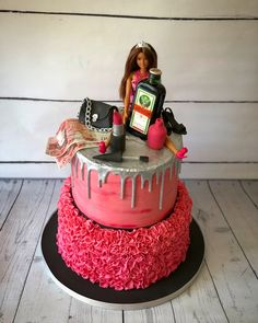 Bottom tier fondant ruffles Top tier buttercream with a ganache drip 21st Bday Cake, 19th Birthday Cakes, Birthday Cake Roses, Barbie Birthday Cake, Funny Birthday Cakes, Adult Birthday Cakes, Birthday Cakes For Women, Girls 21st Birthday Cake, Birthday Ideas