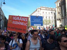 Index - Belföld - A IV. Orbán-kormány ellen tüntetnek az Operánál április 14-én - Percről percre