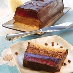 Kjempe-Monolitkake Norwegian Food, Scandinavian Food, Pudding Desserts, Sweets Cake, Gluten Free Baking, Mini Cakes, Chocolate, Coffee Cake, Yummy Cakes