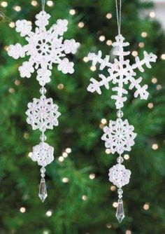 52 Ideas for crochet christmas decorations xmas Crochet Snowflake Pattern, Christmas Crochet Patterns, Crochet Stars, Holiday Crochet, Crochet Snowflakes, Christmas Knitting, Crochet Gifts, Crochet Motif, Diy Snowflakes