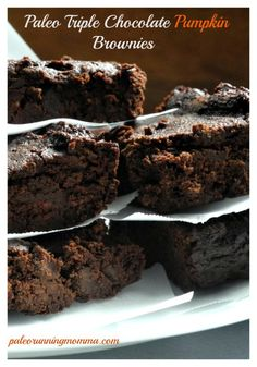 Triple Chocolate Pumpkin Brownies {Paleo} - These are an ooey gooey and super healthy treat that's paleo
