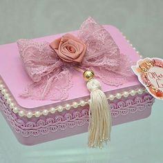 Royal Girls, Jar Design, Diwali Craft, Baby Shawer, Ballerina Birthday, Altered Boxes, Jewellery Boxes, Goodie Bags, Baby Disney