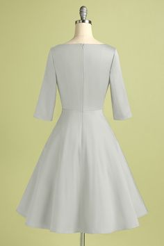 Zapaka Women White A Line Boat Neck 1950s Formal Party Dress with Sleeves – ZAPAKA Party Dresses With Sleeves, Crepe Dress, Fitted Bodice, Boat Neck, Half Sleeves, Short Skirts, 1950s, White Dress, Feminine