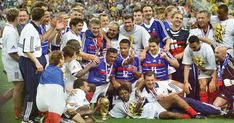 World Cup final Countdown: 5 Weeks to Go - France Claim Maiden World Cup on Home Soil With Win Over Brazil 1998 World Cup, First World Cup, World Cup Final, World Cup 2018, World Cup Winners, Zinedine Zidane, Football Kits, Sport Quotes, Semi Final