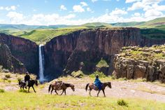 We take overnight pony trails to remote villages in the mountains. An unbelievable experience that offers you a chance to explore Lesotho, its scenery and culture.