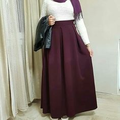 Modest Fashion Hijab, Abaya Fashion, Fashion Outfits, Womens Fashion, Hijab Style, Hijab Chic, Maxi Skirt Winter, Pakistan Street Style, Hijab Fashion Inspiration