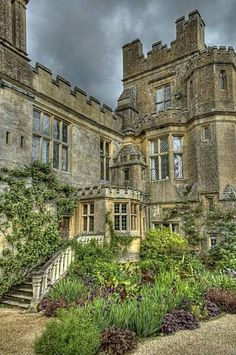 Sudeley Castle is located near Winchcombe, Gloucestershire, England. The present structure was built in the century & may have been on the site of a castle. Beautiful Castles, Beautiful Buildings, Beautiful Places, Amazing Places, Beautiful Gardens, Places To Travel, Places To See, Chateau Moyen Age, Vila Medieval