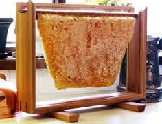 Glass and Fine Wood Honey Comb Buffet Brunch Holder-wonder if dad and I could make something like this Wood Display Stand, Frame Display, Display Ideas, Appetizer Display, Langstroth Hive, Fundraiser Baskets, Honey Label, Bee Supplies, Honey Shop