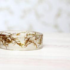 Real Green moss Bracelet - Epoxy resin bracelet - Unique woodland crystal resin Bracelet