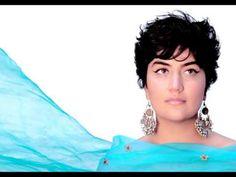 Tara Tiba- Abrisham-Lamma Bada- تارا تیبا، ابریشم Chokers, Singer, Fashion, Moda, Fashion Styles, Singers, Fashion Illustrations