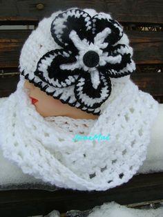 Eliotka,   bílá s černou Crochet Hats, Beanie, Fashion, Hobbies, Knitting Hats, Moda, Fashion Styles, Beanies, Fashion Illustrations