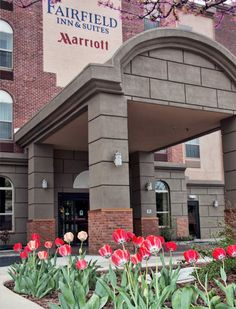 Fairfield Inn & Suites Grand Junction Downtown/Historic Main Street: Earn Rewards points and stay productive when traveling to Grand Junction. http://www.marriott.com/hotels/travel/gjtfi-fairfield-inn-and-suites-grand-junction-downtown-historic-main-street/