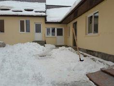 Casa de vânzare 4 camere în Sacele, Ultracentral - X94001001