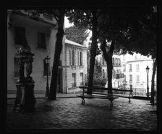 """[ACTU] Jusqu'au 8 mai, l'Hôtel Jules & Jim ouvre ses portes à l'#exposition """"® éveil"""" ! On vous en dit plus sur le site de #fisheyelemag [Photo: © Bogdan Konopka / Extrait de """"Paris en gris"""" (1994-1995) / Courtesy Galerie Françoise Paviot] #photo #photographie #photography #placeemilegoudeau #paris #city #noiretblanc #blackandwhite #blackandwhitephotography"""