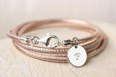 http://de.dawanda.com/product/90879719-nappaleder-armband-925-rose-metallic-mit-gravur