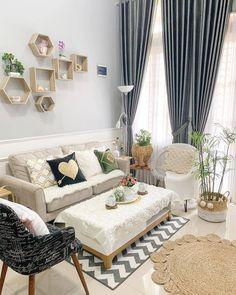 Cute Living Room, Home Design Living Room, Small Living Rooms, Living Room Decor, Room Interior, Home Interior Design, Diy Room Decor For Teens, Aesthetic Room Decor, Cozy Room