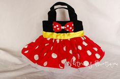 Hey, I found this really awesome Etsy listing at http://www.etsy.com/listing/113513655/red-minnie-mouse-tote-bag