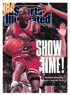 Michael Jordan in Sports Illustrated, 1990 Jordan Basketball Player, Michael Jordan Basketball, Michael Jordan Chicago Bulls, Best Basketball Shoes, Jordan 23, Basketball Legends, Jordan Nike, Basketball Uniforms, Jordan Retro